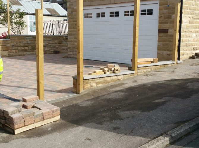 Double stone garage building